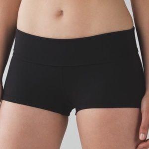 Lululemon Boogie Shorts Black Booty